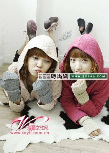 漂亮的针织手套有很多颜色,不仅舒适保暖而且时尚可爱还很百搭