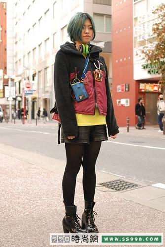 冬季可爱短外套搭配街拍(16)