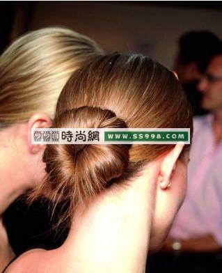头发样式-四款花样发髻发型设计