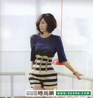 韩国女星v女星性感性感搭配图片搭配ss99女人带服饰服装香水瓶图片