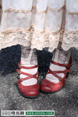 配鞋子和袜子(2)