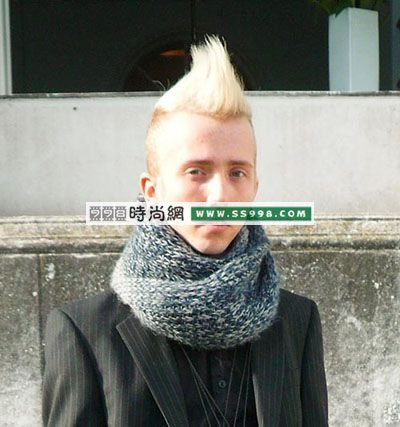 欧美发型街拍:男士复古发型图片(3)