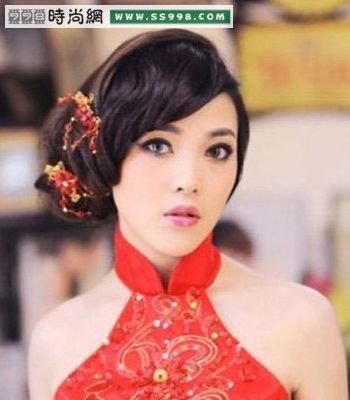 中式风情古典新娘发型