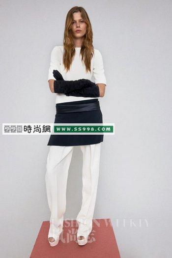 怎样搭配好裙子加裤子(3)