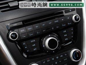 奔腾一汽奔腾奔腾x802013款 2.3l 自动旗舰型高清图片